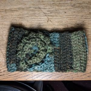 Accessories - Crocheted head wrap hat